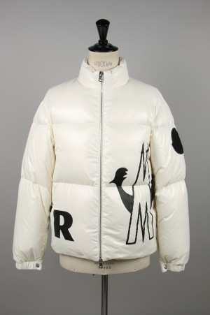 Moncler FRIESIAN-WHITE- (41963-55-68950)
